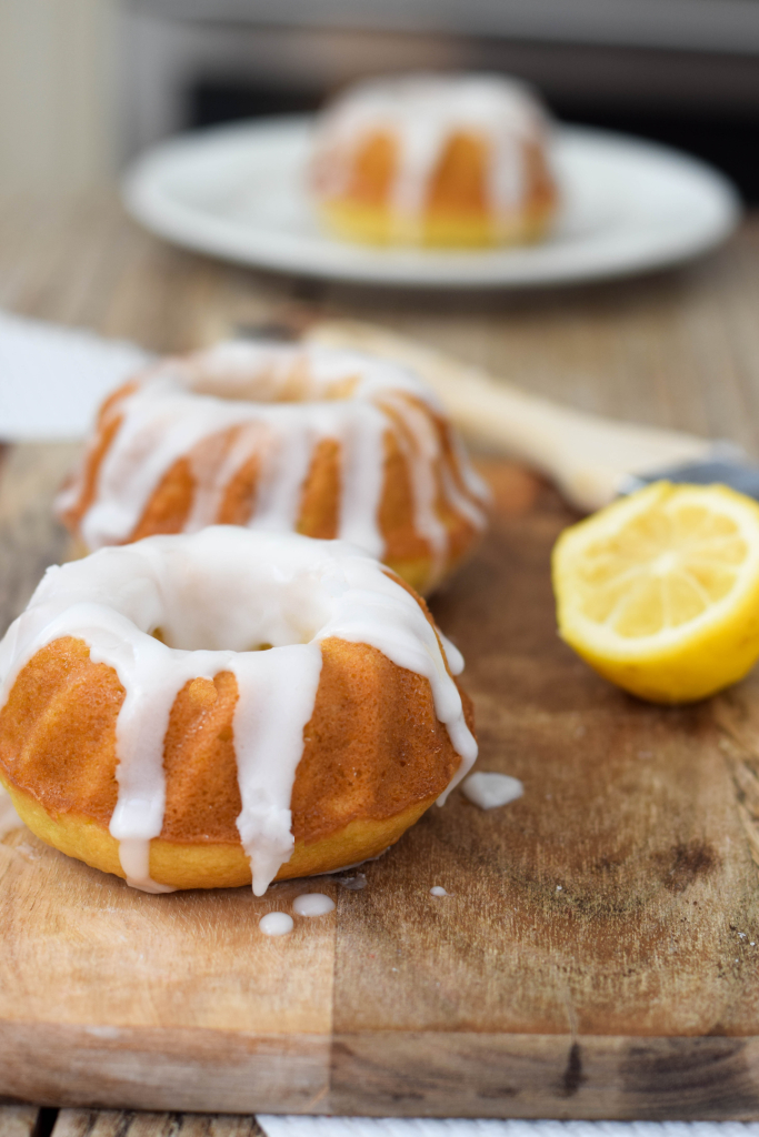 Mini Lemon Drop Cake Ideas And Designs
