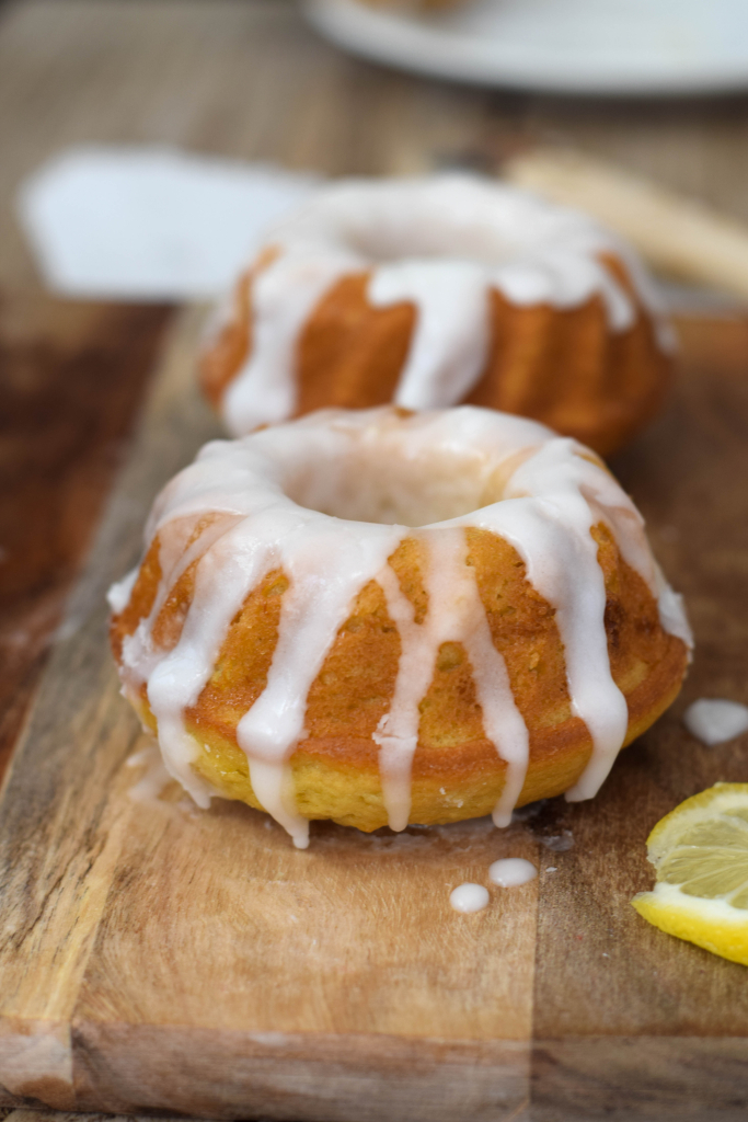 Lemon Drizzle Mini Bundt Cakes Lisa Eats World